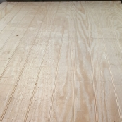 """4X8-3/8"""" 3.5"""" O.C. PINE PLYBEAD TRADITIONAL STYLE / TOUCH SANDED"""